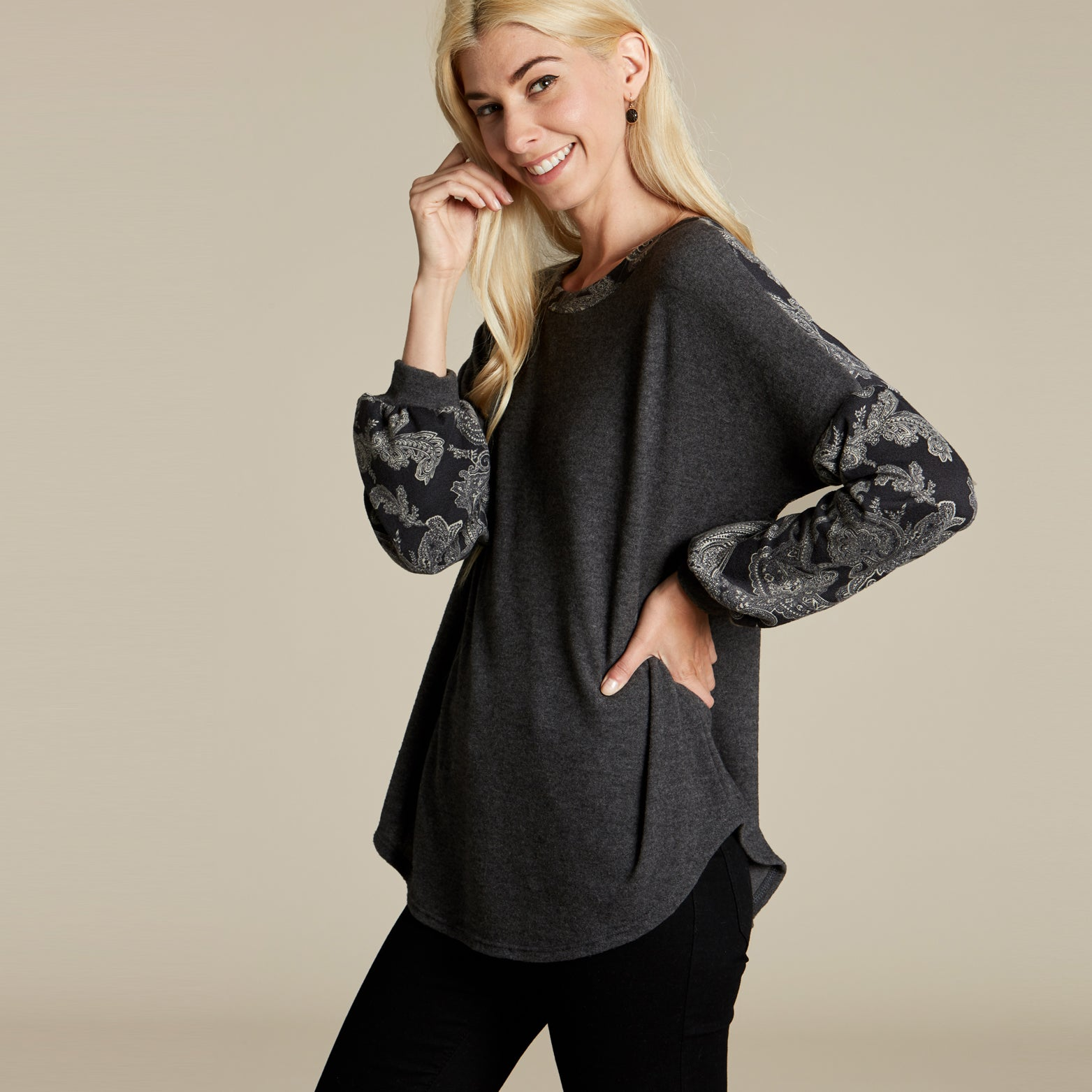 Brushed Cashmere Sweater - Love, Kuza