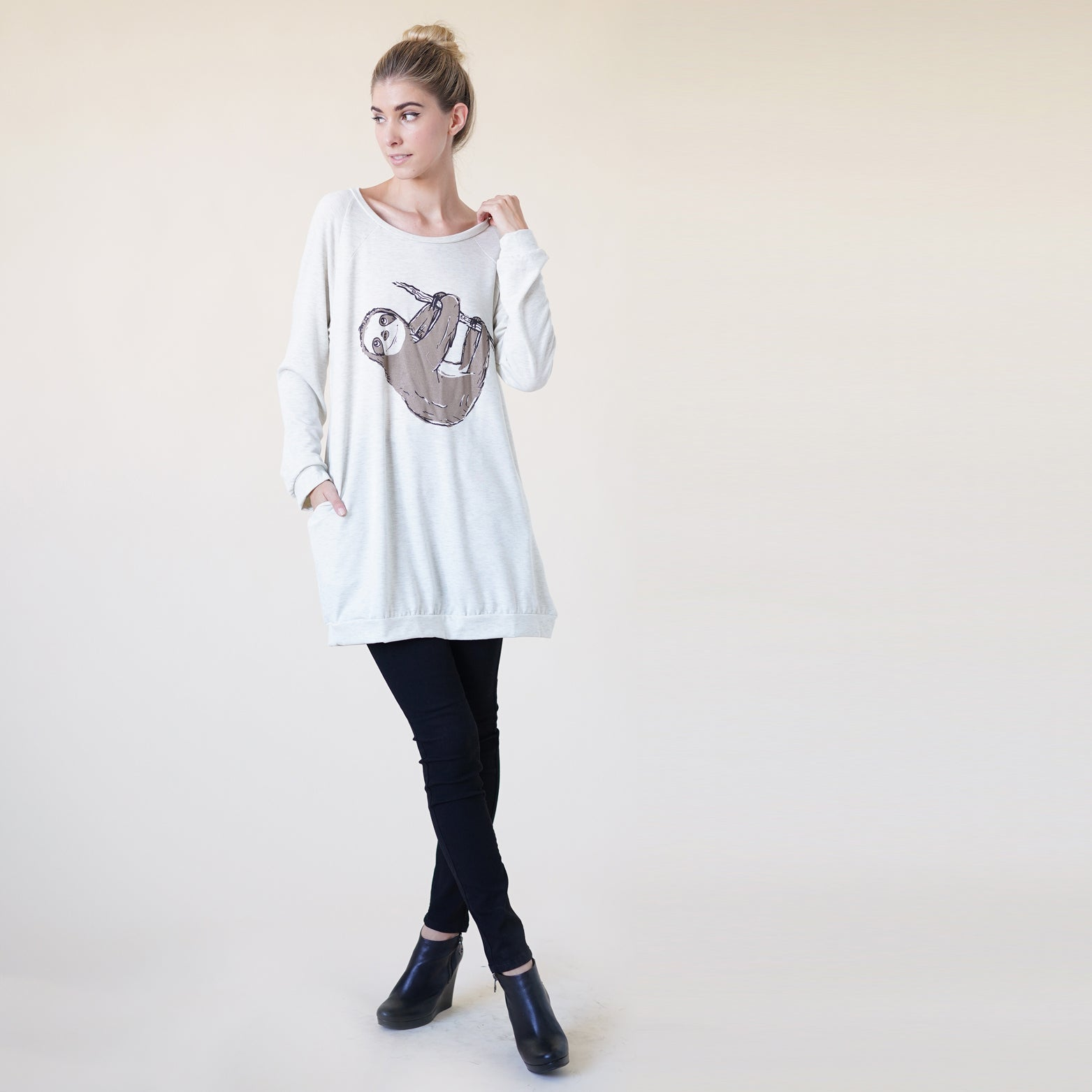 Sloth Print Long Sweatshirt