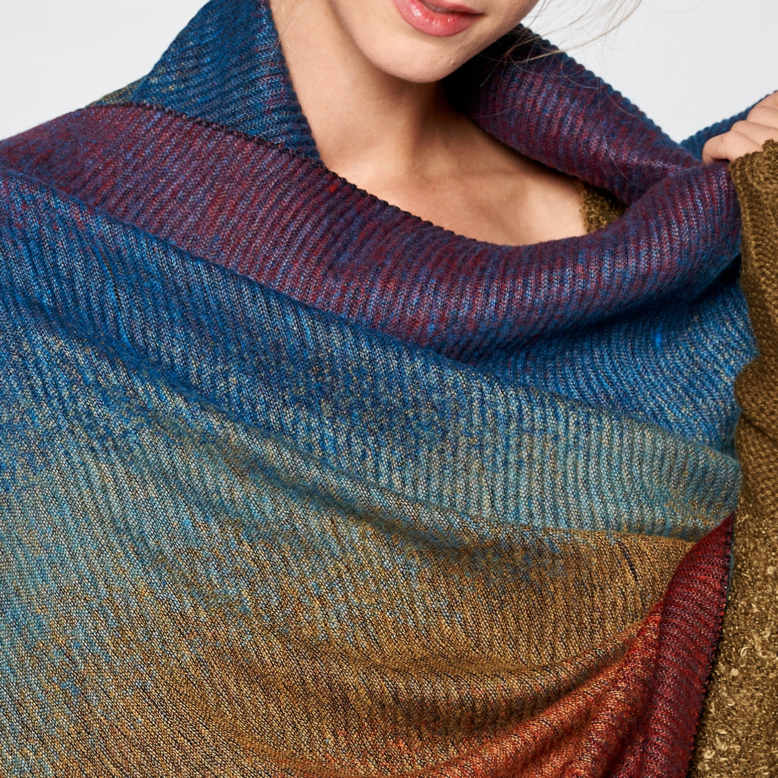 Pleated Gradient Scarf - Love, Kuza