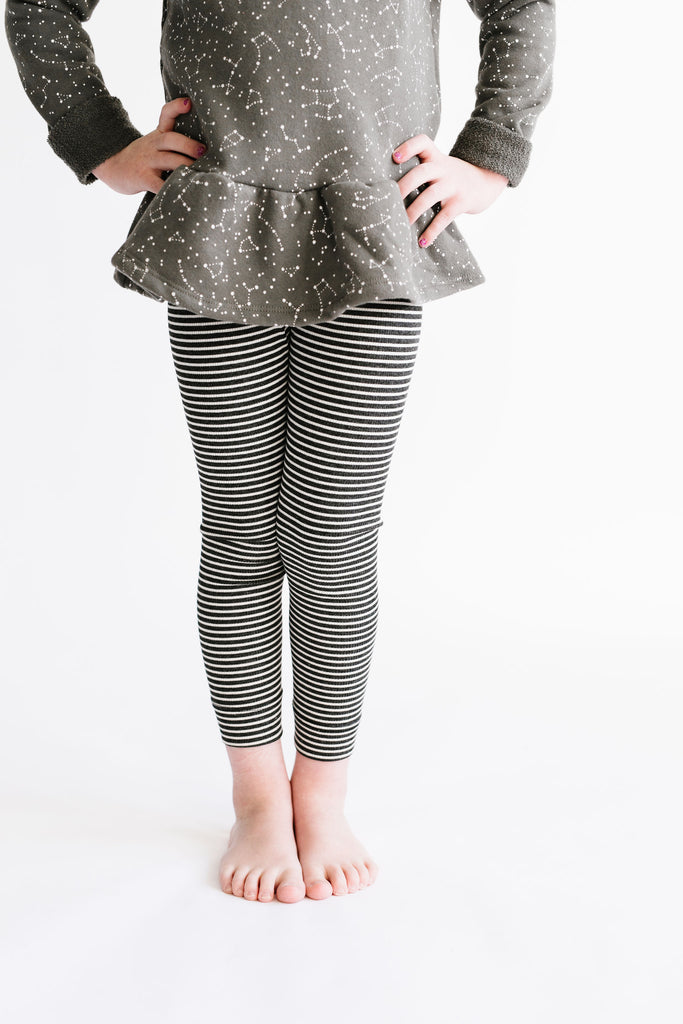 leggings in 'charcoal stripe'