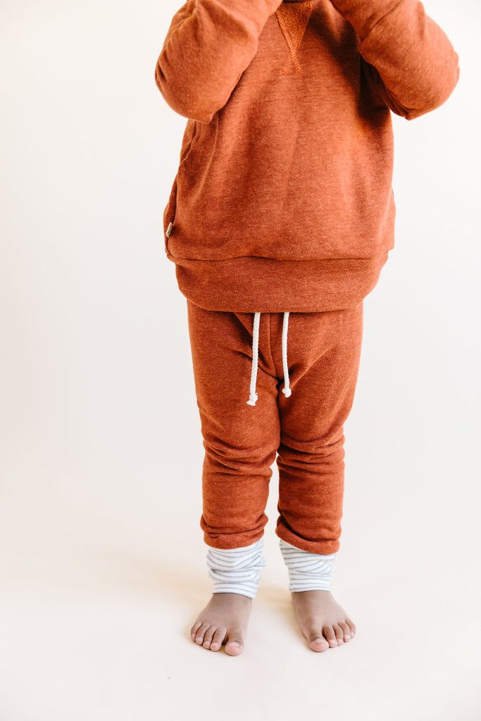 skinny sweats in 'cinnamon'