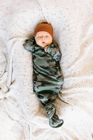 ribbed knotted sleeper in 'micro camo'