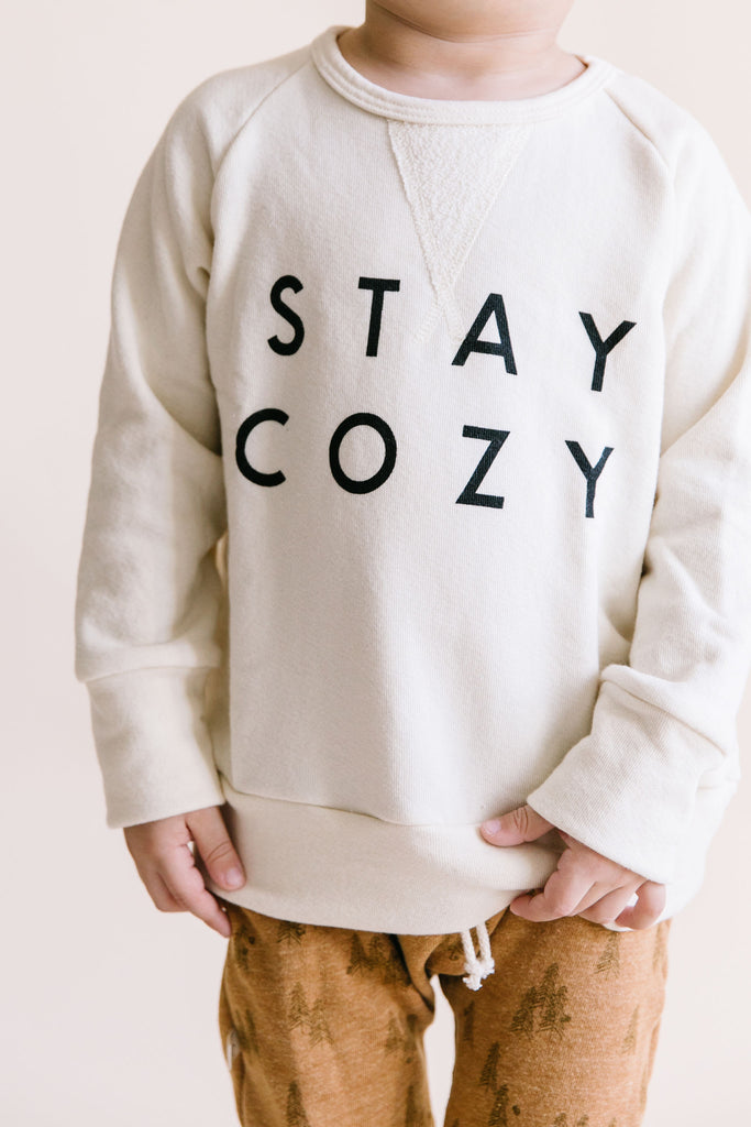 pullover crew in 'stay cozy' on natural