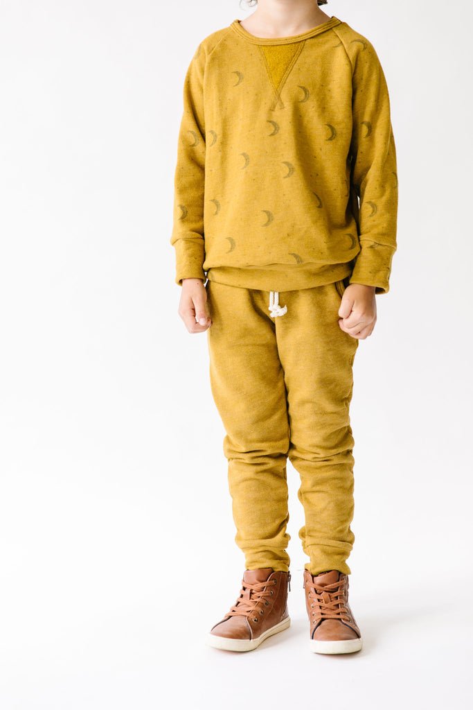 pullover crew in 'lunar' on gold