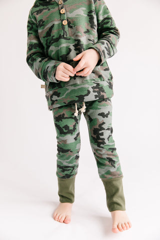gusset pants in 'micro camo'