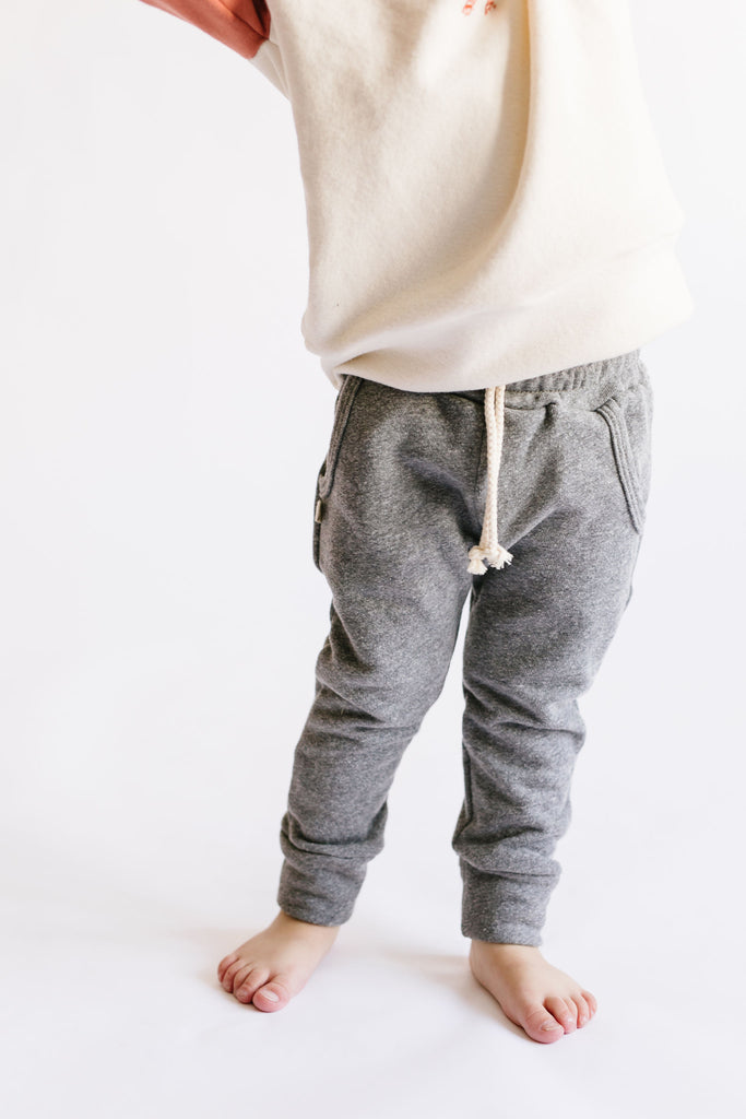 jogger in 'heather gray'