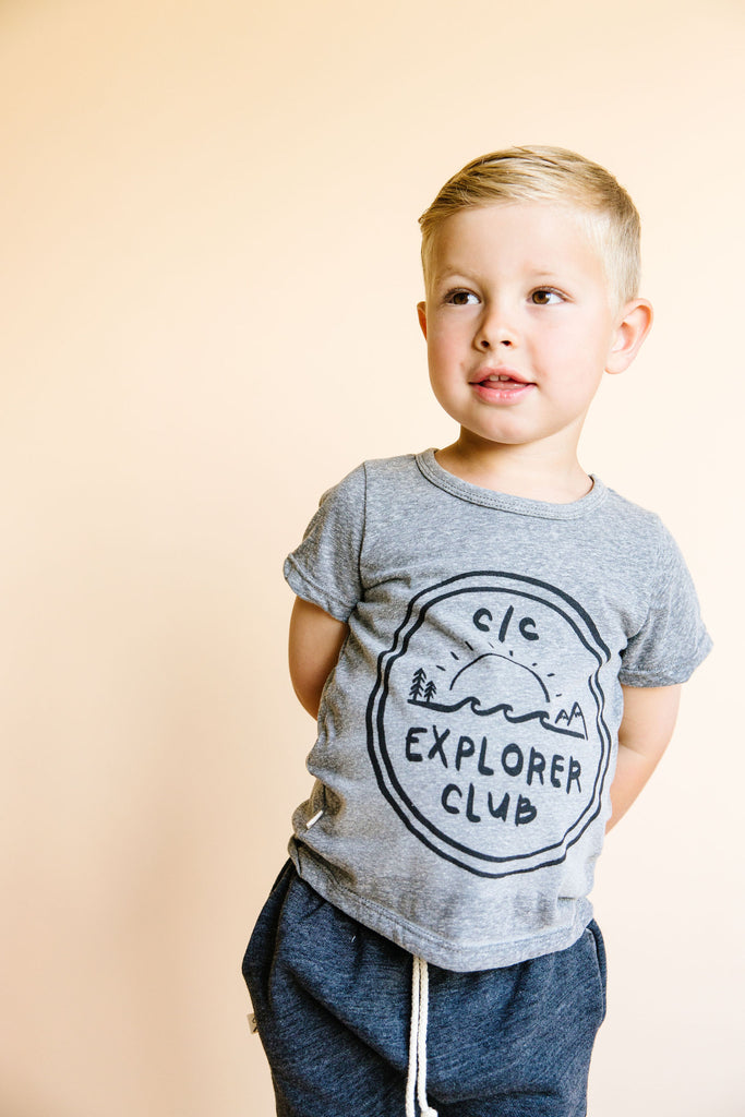 basic tee - cc explorer club on heather gray