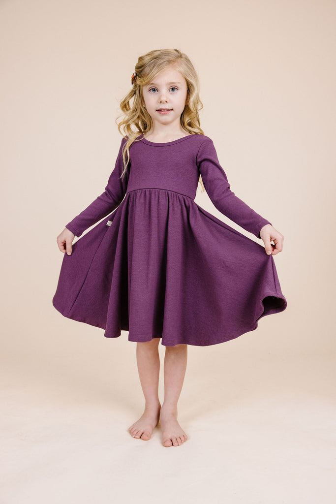 long sleeve swing dress - black plum