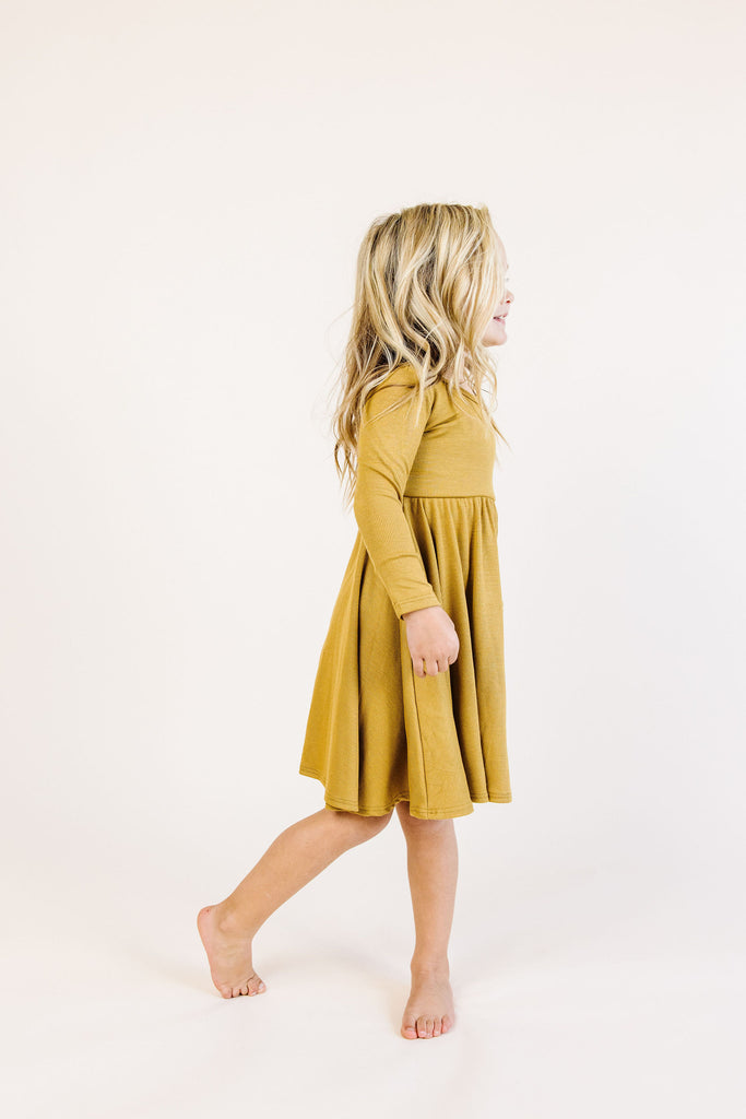 long sleeve swing dress - wheat