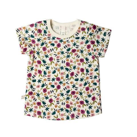 basic tee in 'fall ditsy floral'
