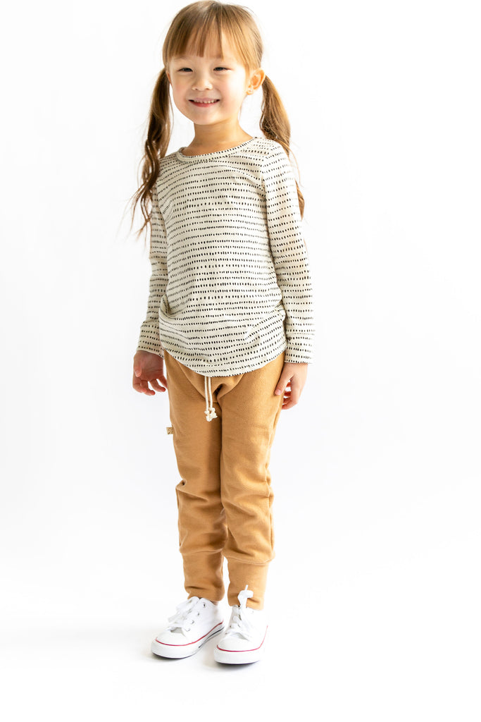 gusset pants in 'camel'