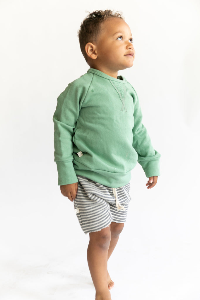 pullover crew in 'spring green'