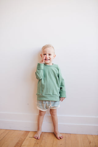 shorties in 'deep teal painted stripe'