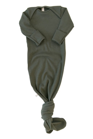 ribbed knotted sleeper in 'dark olive'