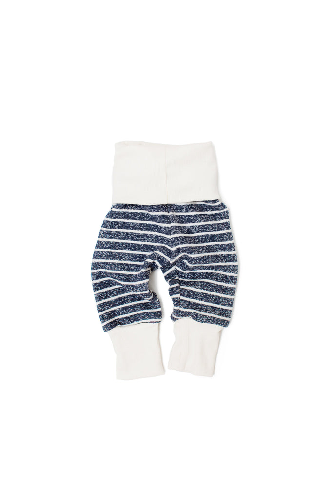 skinny sweats in navy heather stripe