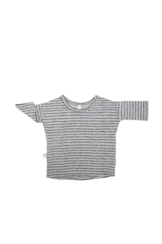 slouch tee in 'dash dot' on gray