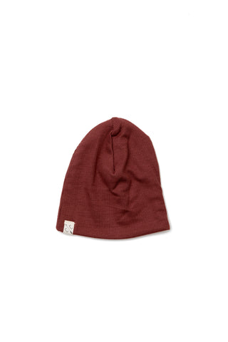 slouch beanie in 'maple leaf'