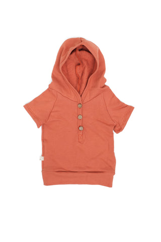 short sleeve henley hoodie in 'faded red'
