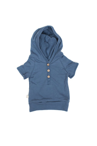 short sleeve henley hoodie in 'camp blue'
