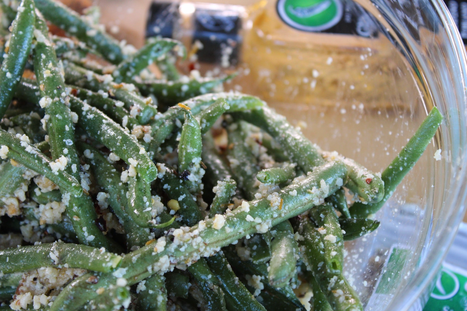 Garlic Parmesan Crusted Green Beans