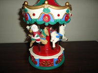Christmas Moving Carrousel Merry-Go-Round Horses Plays Carols Santa