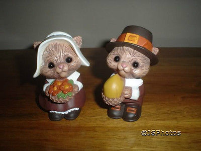 Hallmark Thanksgiving Squirrels Salt And Pepper Shakers
