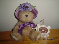 Boyds Bear Hallmark Gold Crown Cassidy L. Bearsmark