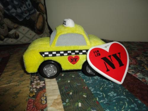 Bump N Go NY TAXI CAB Toy Car Battery Operated 2007