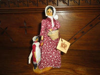 Cillacraft Welsh Dolls Mother & Daughter Off to the Market 7