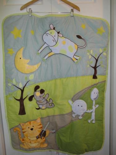Baby First Nemcor Quilt Comforter Mother Goose Nursery Rhyme Hey Diddle 42 x 32