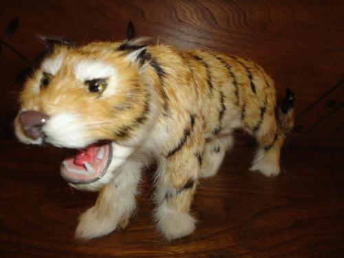 Antique Vintage Real Fur Tiger Statue Glass Eyes & Teeth 9 inch