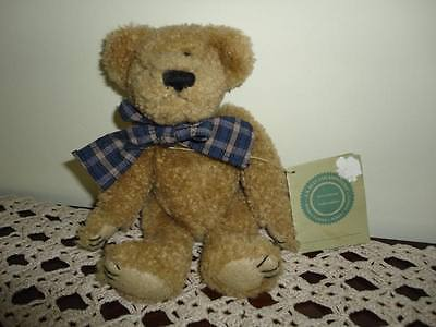 Boyds Investment Collectibles BEAR 8 inch