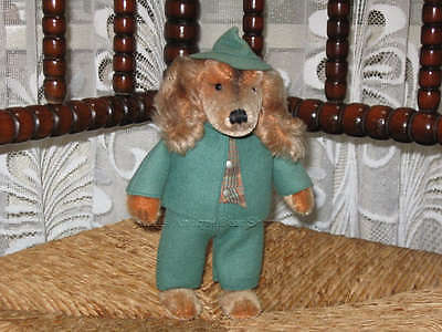 Steiff Waldili Hunter Dog Doll 8326,70 Button Tag Super Condition