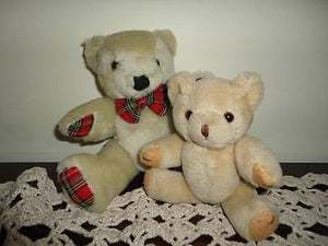 2 Vintage Classic Jointed Teddy Bears Plush Beige 5 and 7.5 inch Felt Plaid Paws