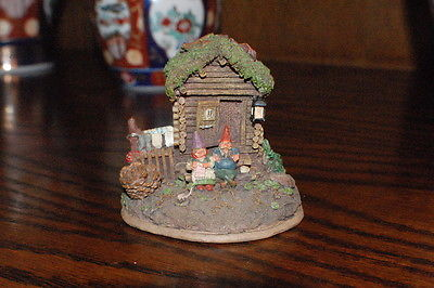 Rien Poortvliet Classic Villages David the Gnome Statue Gnome Sweet Home 2000