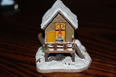 Rien Poortvliet Classic David the Gnome Forest Villages House with Wren