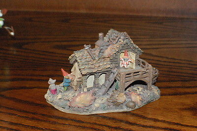 Rien Poortvliet Classic Villages David the Gnome Statue Gnome House & Mouse 2000