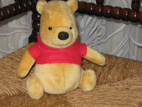 Gund Winnie The Pooh Bear 7.5 Inch 100 Acre Collection