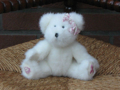 Boyds Bear White Jointed Cancer Ribbon & Basket on Paws 1988 2004