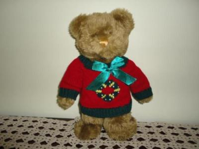 Christmas TEDDY BEAR with Knitted Wreath Sweater