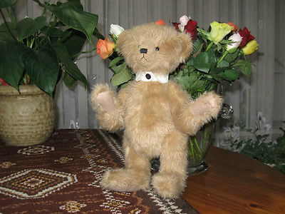 Russ Berrie UK Jointed Old Style Bear
