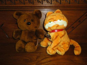 Dakin 1983 Pooky Bear & Garfield 2004 Ty Beanie Lot of 2 Toys