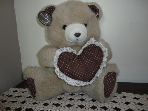 Ganz Heritage Vintage 1980 TEDDY BEAR with Polka Dot Heart