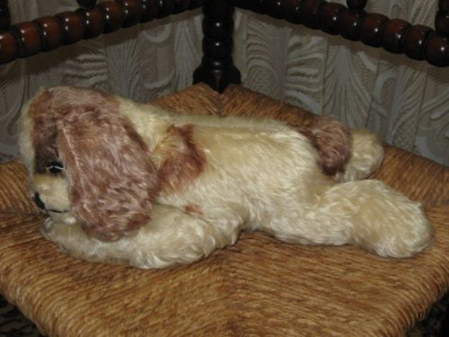 Old Antique Steiff  Floppy Cockie Cocker Spaniel Button 5567/28 1970 & 1972 ONLY