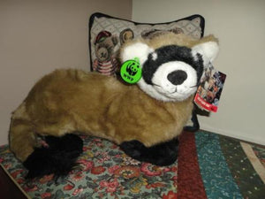 Applause 1990 WWF BLACK FOOTED FERRET 20 Inch with Storybooklet