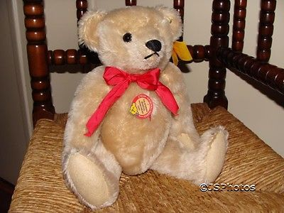 Steiff California Musical Honey Bear 1989 011931 293/32