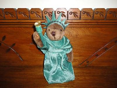 Statue of Liberty 8.5 Inch Teddy Bear 1997  J. Fan Rare