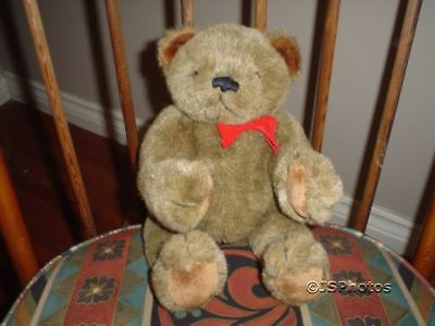 Gund Fully Jointed Bear 12 Inch Collectors Classic 1983