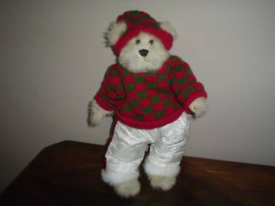 "Ganz Heritage Bear Fully Jointed "" SVEN "" Winter Outfit"