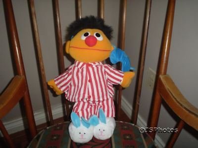 Sesame Street Sing & Snore Ernie Doll Tyco 1996 Battery Operated